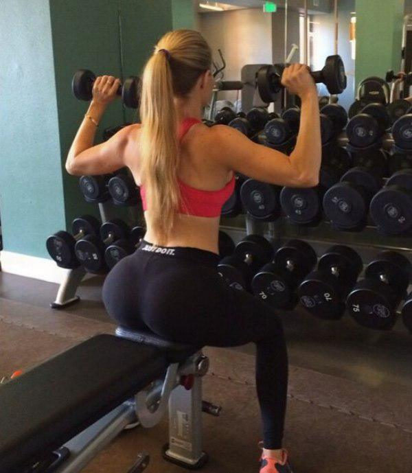 girl with perfect butt