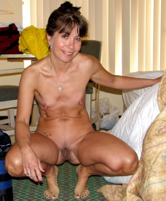 naked girl pictures and videos