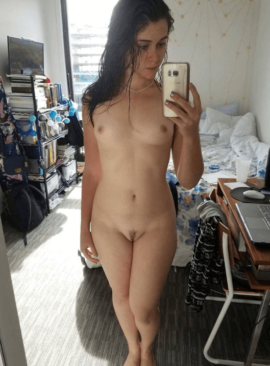 nude photos of pam anderson