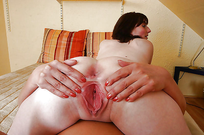 young and old lesbian sex