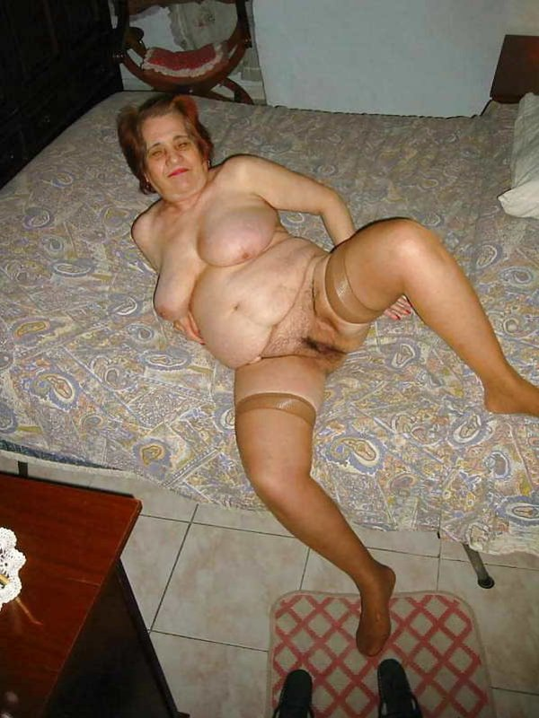 home clicked pic of virgin open pussy