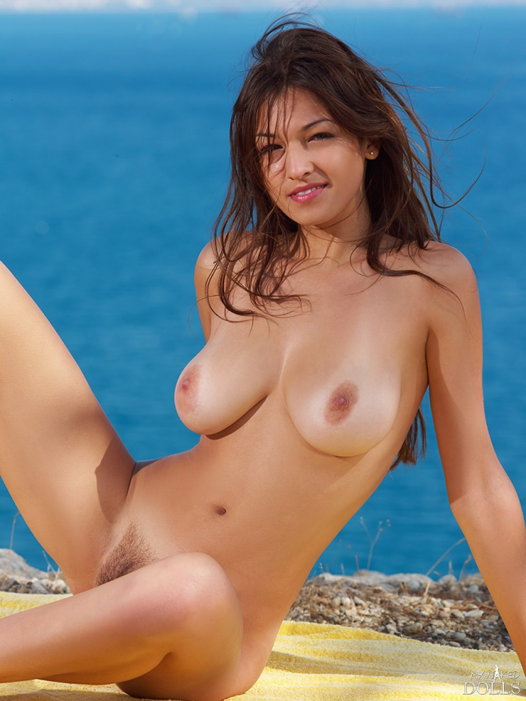 pictures of girls in the nude
