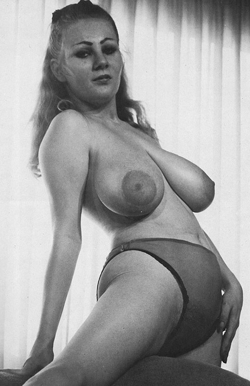 tante naked