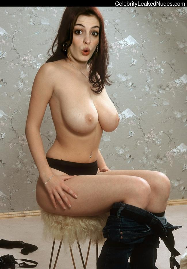 Anne Hathaway Naked Fakes